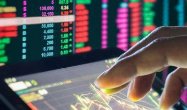 Cómo mantener la rentabilidad en servicios financieros: innovación u operaciones